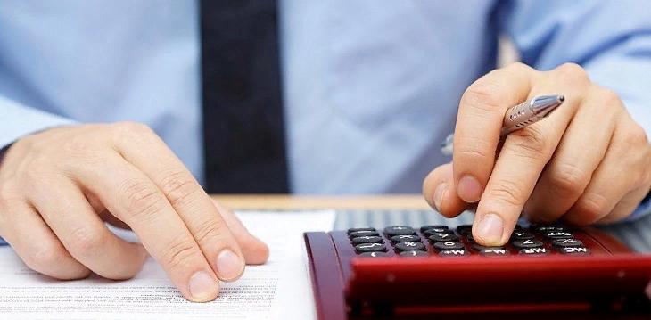 Кредиторы угрожали саровчанке по телефону