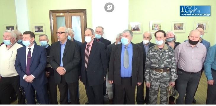 Награды к юбилею: ветеранов спецчастей поздравили с профессиональным праздником (видео)